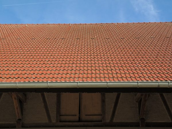 roof-228309_960_720
